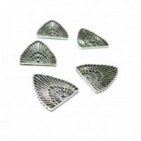 PS110100541 PAX 25 pendentifs Boho Chic Triangle 22mm metal couleur Argent Antique