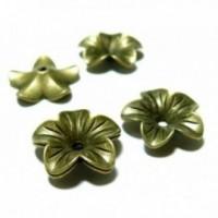 Lot de 20 perles intercalaires embouts fleur métal couleur Bronze ref PA11022