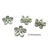 Apprêt pour bijoux: 50 coupelles calottes caps fleur P1438 Vieil argent