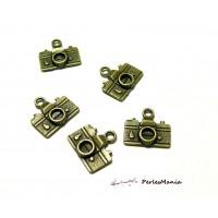 Fournitures loisirs créatifs: 30 pendentifs camera, appareil photo Bronze 2D1321